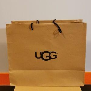 Ugg shoebox and bag